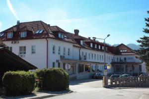 Zdravstveni dom Škofja Loka